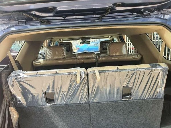 toyota-4runner-booth-area