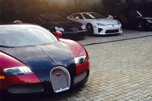 A-Bugatti-Veyron-Lexus-LFA-Mercedes-Benz-Sls-in-a-garage-in-Abuja-Nigeria-supercars