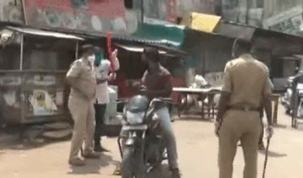 image-of-indian-police-beating-motorists-amidst-covid-19-lockdown