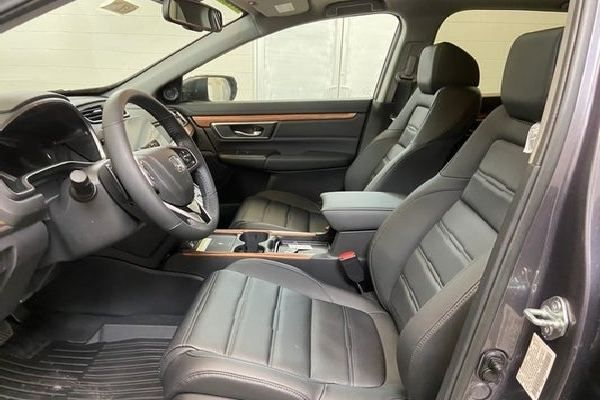 honda-cr-v-front-seat
