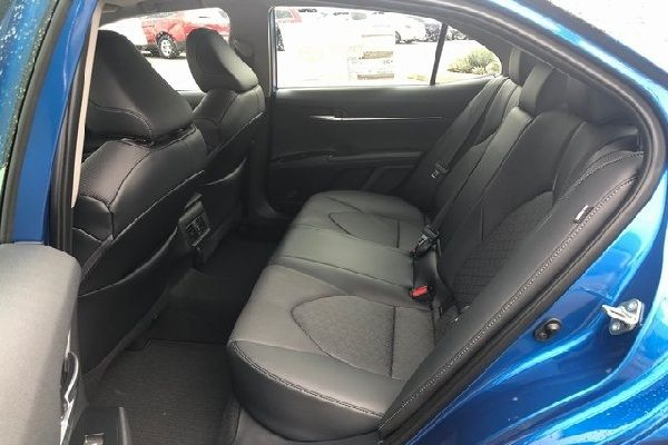 toyota-camry-back-seat