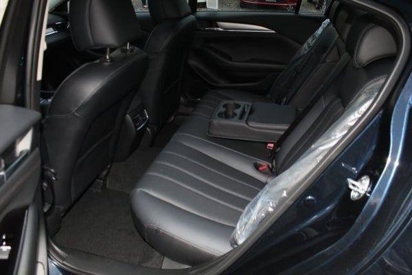 2020-mazda-6-rear-seat