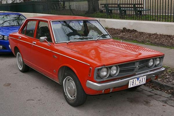 1973-Toyota-Corona-SE-Sedan