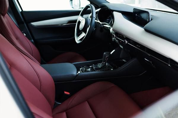 mazda-100-anniversary-r360-coupe-interior