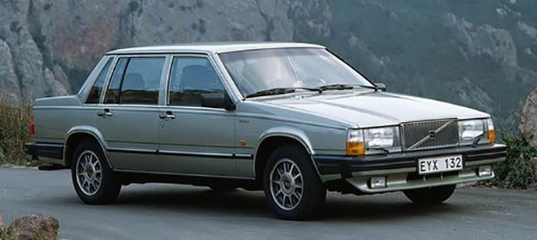 A-Volvo-700-saloon-car