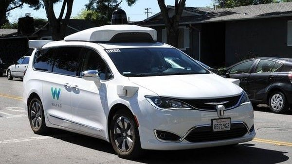 Self-driving-car-running-on-the-road