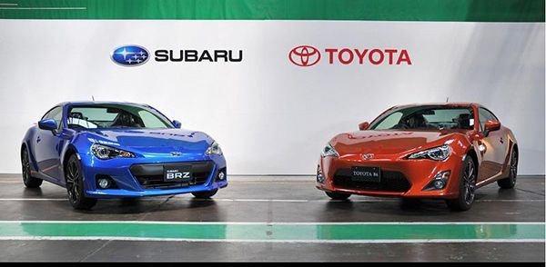 The-subaru-BRZ-and-the-toyota-GT-86