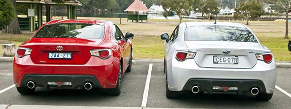 The-Toyota-GT-86-looks-exactly-like-the-BRZ-from-the-rear