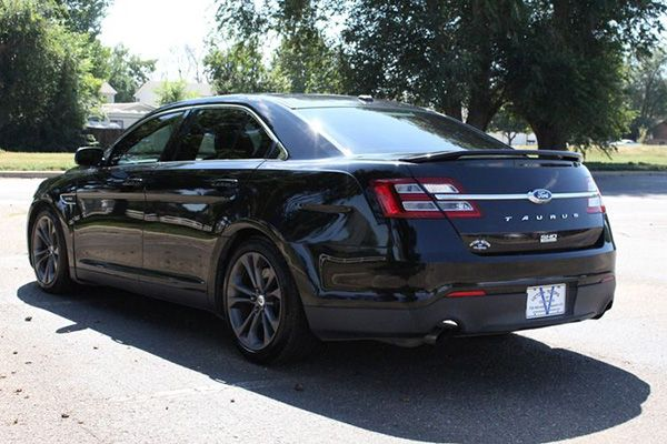 The-rear-of-the-Ford-Taurus-2014-year-model