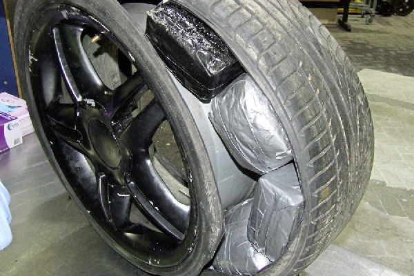 drug-in-car-tire