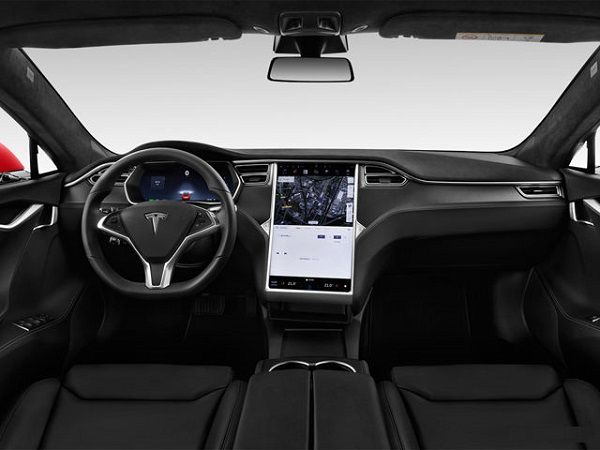 Cockpit-of-2019-Tesla-Model-S