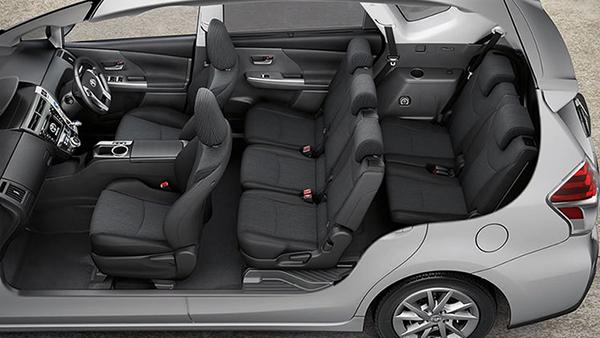 7-seater-Toyota-Prius-V