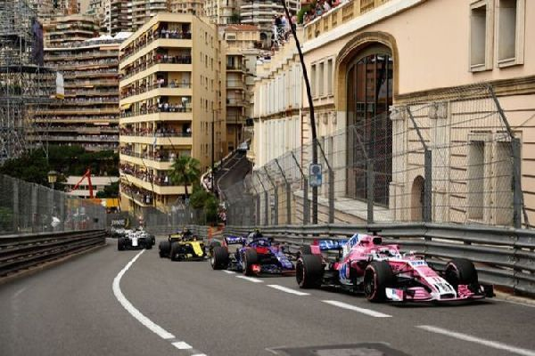 monaco-grand-prix-on-the-streets-of-monaco