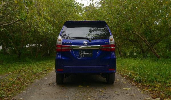 toyota-avanza-rear-view