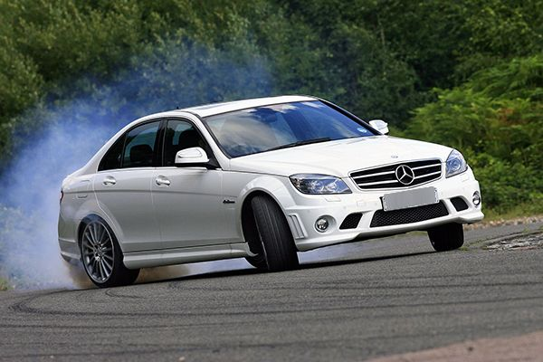 Benz-C63-Drifting