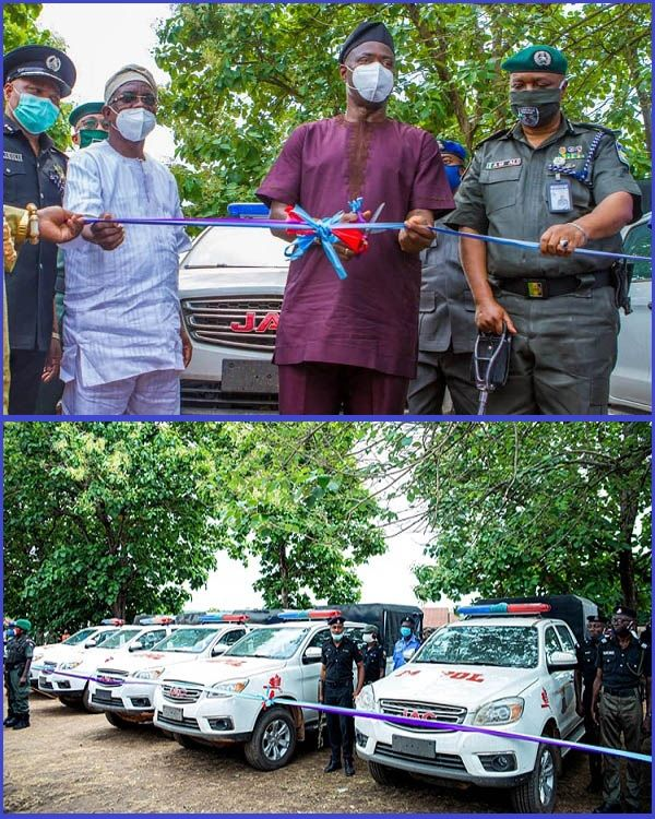 6-JAC-trucks-in-newly-commissioned-police-squad-with-gov
