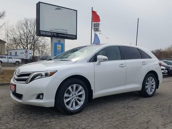 Toyota-Venza-side-view