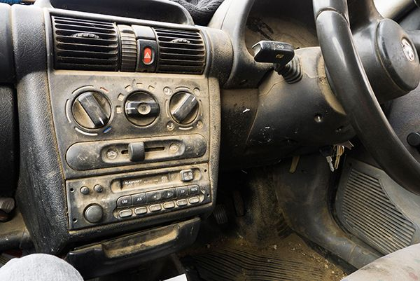 car-with-dirty-interior
