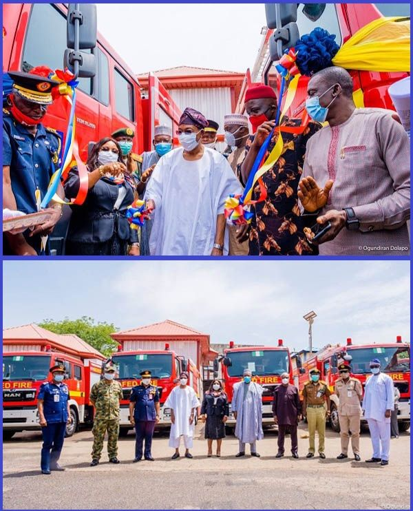 Rauf-Aregbesola-and-commissioned-firefighter-trucks