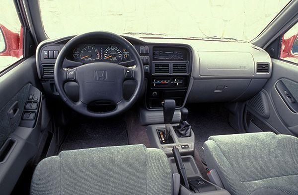 2001-Honda-Passport-Interior