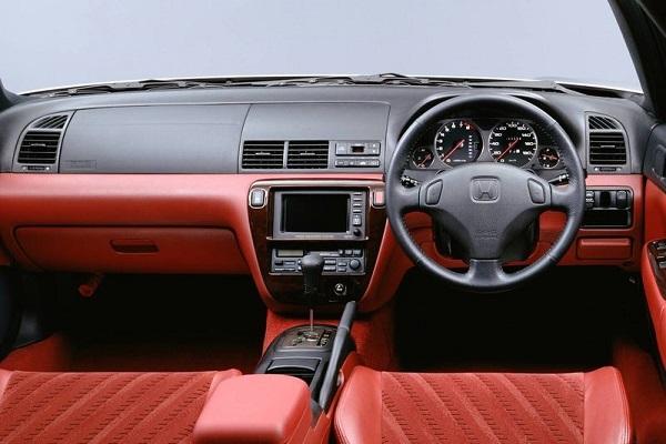 The-1998-Honda-Prelude-interior