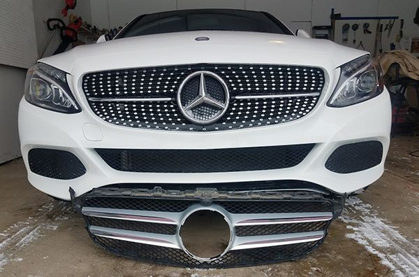 W205-front-Grille-Swap