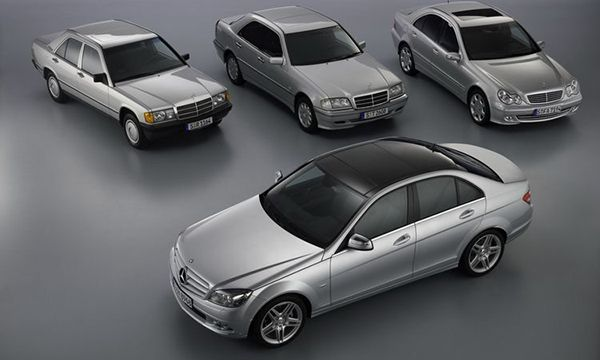 All-generations-of-Benz-C-Class