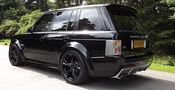 Wide-body-Range-Rover-Vogue-rear-view