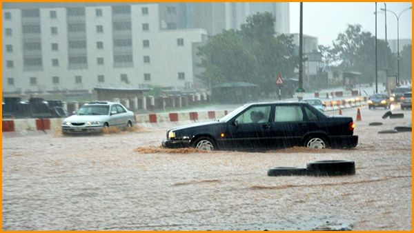 cars-in-flood-in-Nigeria