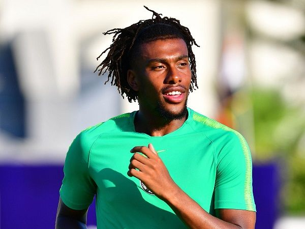 imag-of-alex-iwobi-in-training-session