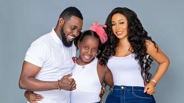 image-of-ay-comedian-family-photo-shoot