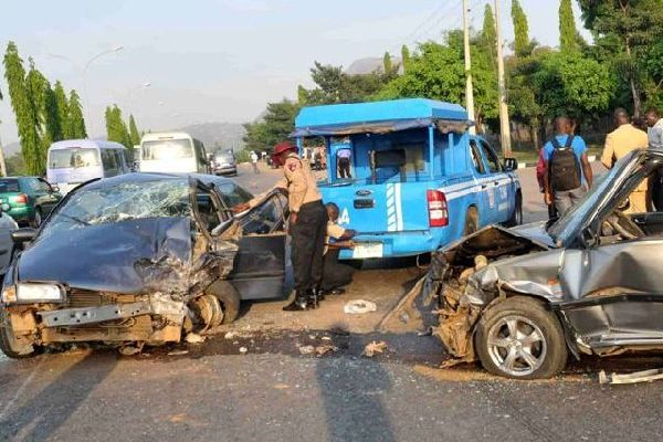 frsc-officials-at-an-accident-scene