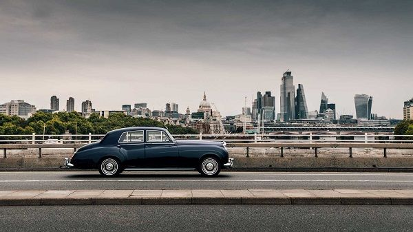 image-of-all-electric-rolls-royce-vintage-models-from-lunaz