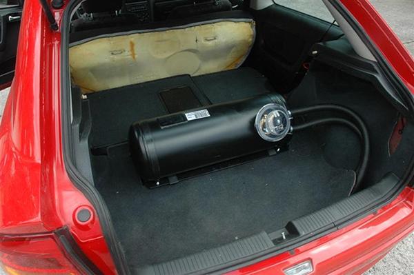 gas-tank-in-LPG-car