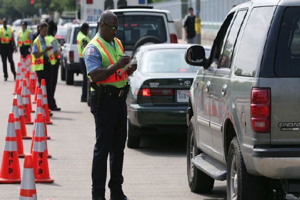 police-traffic-checkpoint