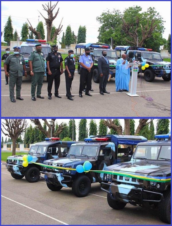 Nigerian-police-officials-receives-3-operational-vehicles-from-Innoson