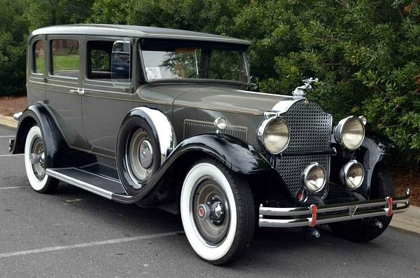 A-1930's-vehicle