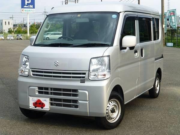The-Suzuki-Every-minibus