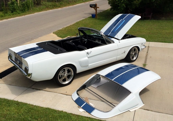 Detachable-hardtop-convertible
