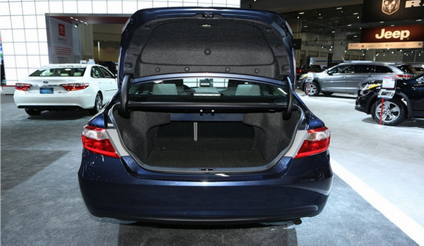 An-open-trunk-of-the-camry