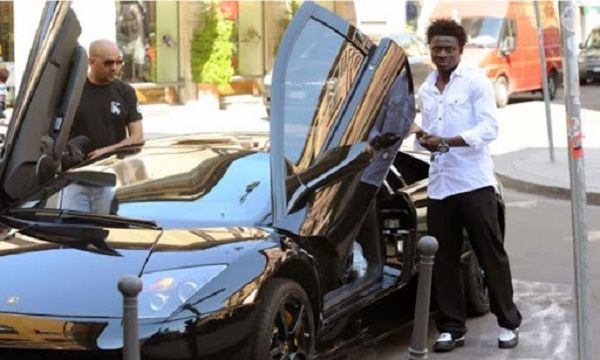 obafemi-martins-and-his-merceds-mclaren