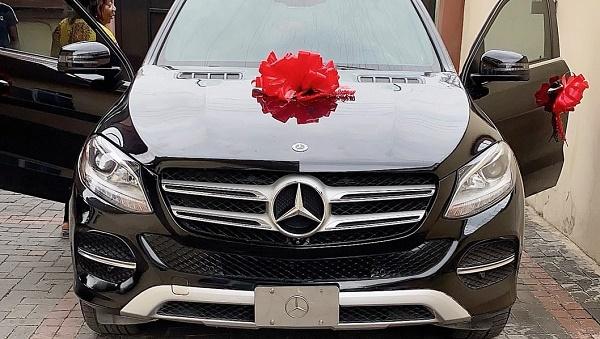 angela-nwosu-car-gift-mercedes-benz-gle-350