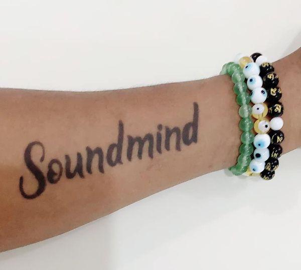 angela-tatooed-hand