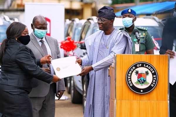 image-of-Lagos-State-gives-out-SUVs-to-judges