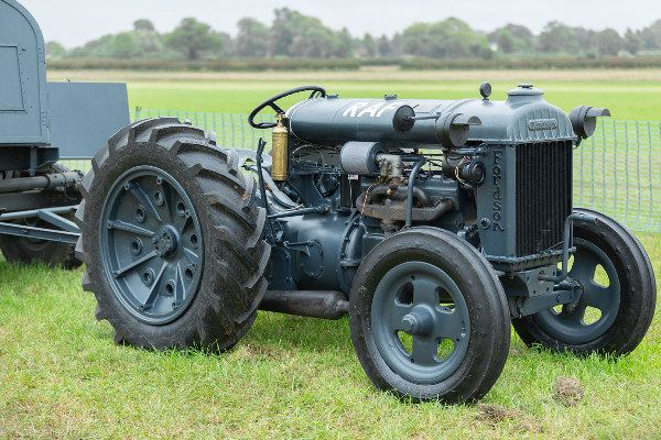 wwii-raf-airfield-tractor