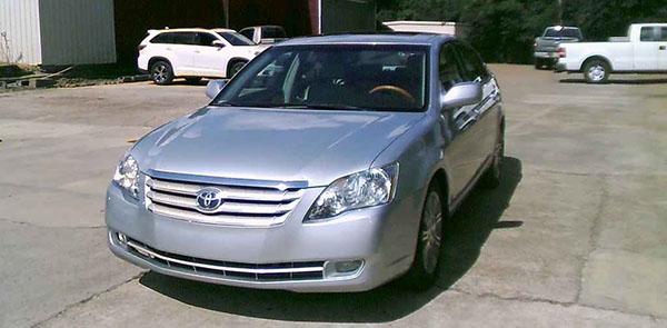 Toyota-Avalon-2007