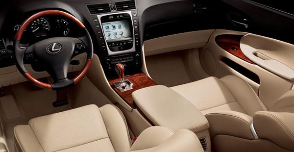 Interior-of-the-2008-Lexus-GS-350