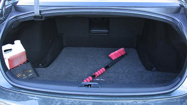 Lexus-GS-trunk