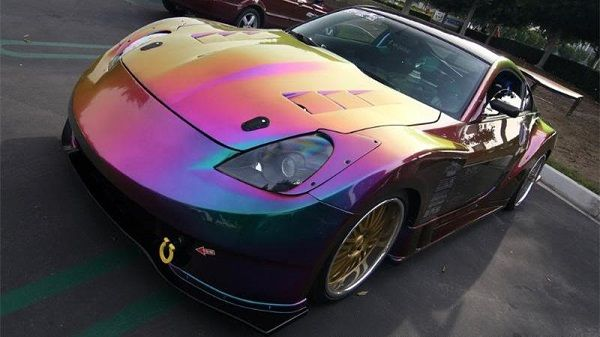 image-of-pearlescent-car-paint