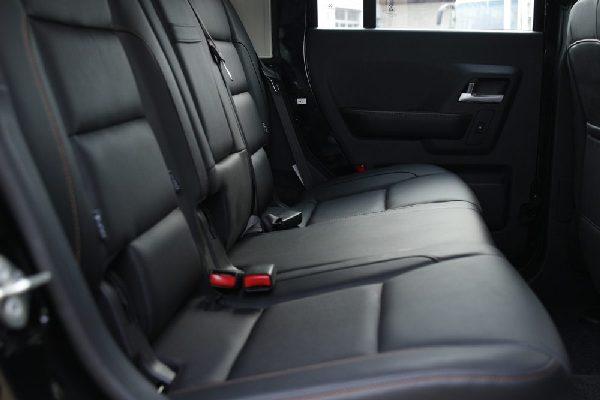IVM-G40-back-seat